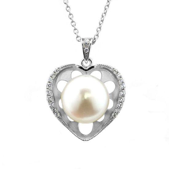 Billede af By Pind halskæde sølv rhodineret med hjerte vedhæng med ferskvandsperle med zirkonia sten med rund ankerkæde (40, 45 eller 50cm)